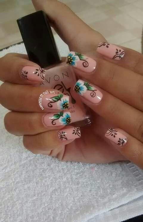 Unha diferente de Vanessa.M.  Different nail by Vanessa.M.  Uña diferente por Vanessa.M.  Unghie different di Vanessa.M.