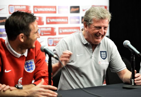 England midfielder Frank Lampard (L) and England Head Coach Roy Hodgson  laugh during a joint press conference after  team's training session at Miami Sun Life Stadium in Miami Gardens, Florida on June 3, 2014.