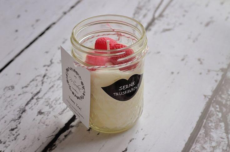 Jelly Yummy - świeca sojowa-sernik truskawkowy  w MiukaCandles na DaWanda.com #niezchinzpasji