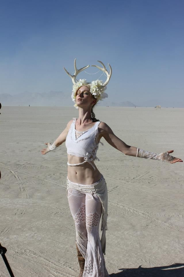 Brilliant Burning Man Looks That'll Blow You AwaySADIERAE + CO.   SADIERAE + CO.