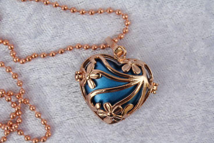 Ketten kurz - Kette Herz Engelrufer Klangkugel rosegold blau - ein Designerstück von trixies-zauberhafte-Welten bei DaWanda