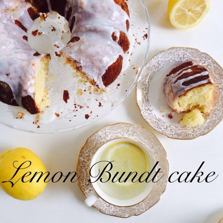 Delicious lemon cake, super moist and wonderfully lemony , great Bundt lemon cake