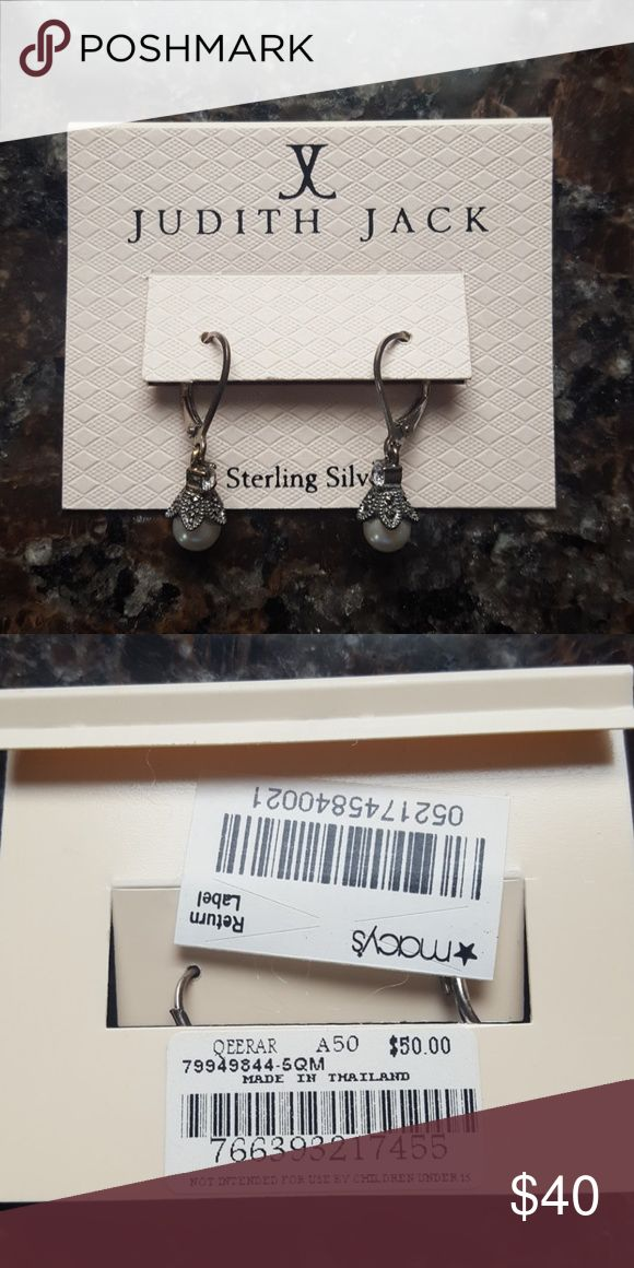 Judith Jack Sparkly Pearl Earrings NWT Judith Jack Pearl earrings. Purchased for an family member but never got together to exchange gifts. Never worn. Judith Jack Jewelry Earrings