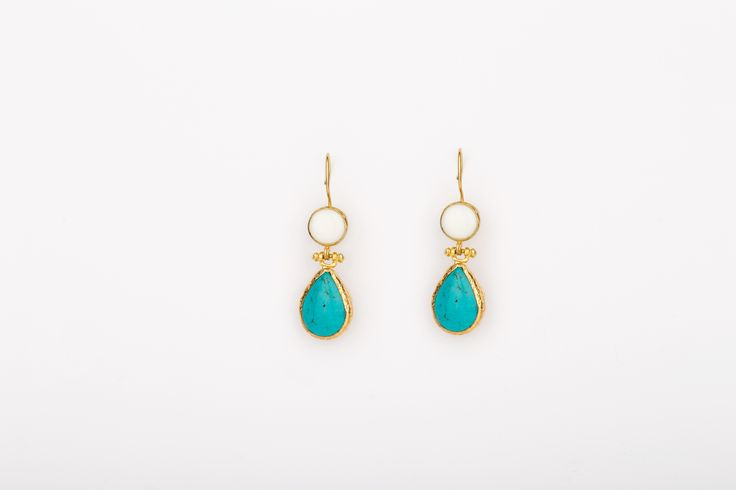 Endless Love Earrings - Gold Plated