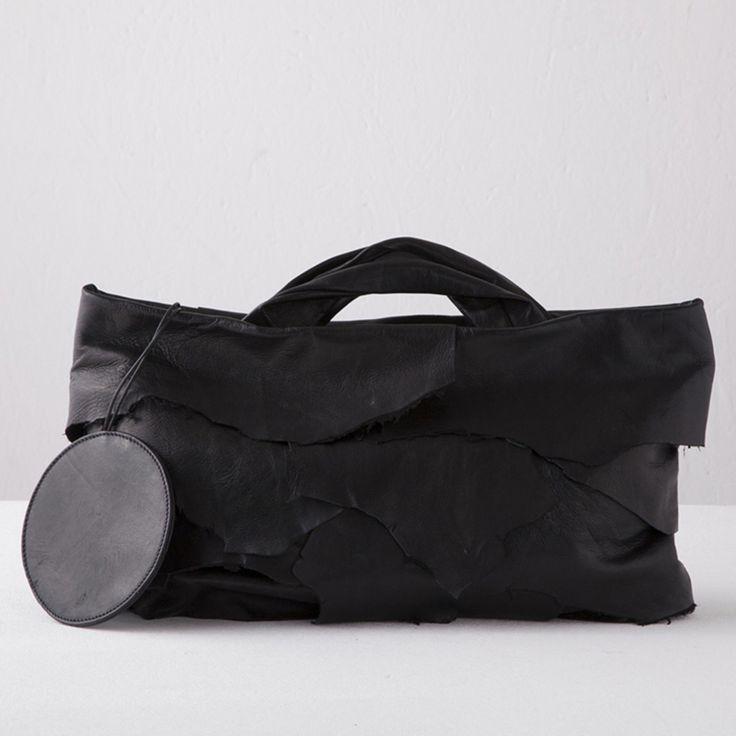 """SFOGLIA"" bags by Lauro Melotti on sale at www.fumogallery.com #accessories #addicted #bag #bags #madeinitaly #handmade #leather #leatherbag #italian @fumogallery #fashion #itbag #contemporaryfashion #sfoglia #design #dark #medium #voyager #handcraftitaly #fumo #gallery"