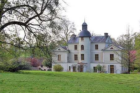 French Chateau for sale in 61 - Orne , Normandy France. This Château dating from 1820 is situated in a quiet location in a village 22 km from Nogent-le-Rotrou and 150 km to the west of Paris. The Château offers 650 m2 of living space in good condition. Set in 11.2-ha grounds together with a recently renovated Farmhouse (dating from the XVIIth C) and numerous other outbuildings.