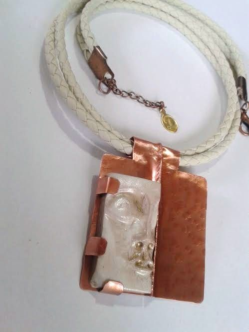 FACCIA - ciondolo di rame e polymer clay