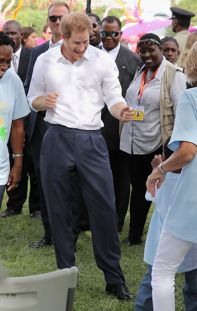Prince Harry Photos Photos - Prince Harry attends a Charity showcase at Government House on the second day of an official visit to the Caribbean on November 21, 2016 in Antigua, Antigua and Barbuda. Prince Harry's visit to The Caribbean marks the 35th Anniversary of Independence in Antigua and Barbuda and the 50th Anniversary of Independence in Barbados and Guyana. - Prince Harry Visits The Caribbean - Day 2