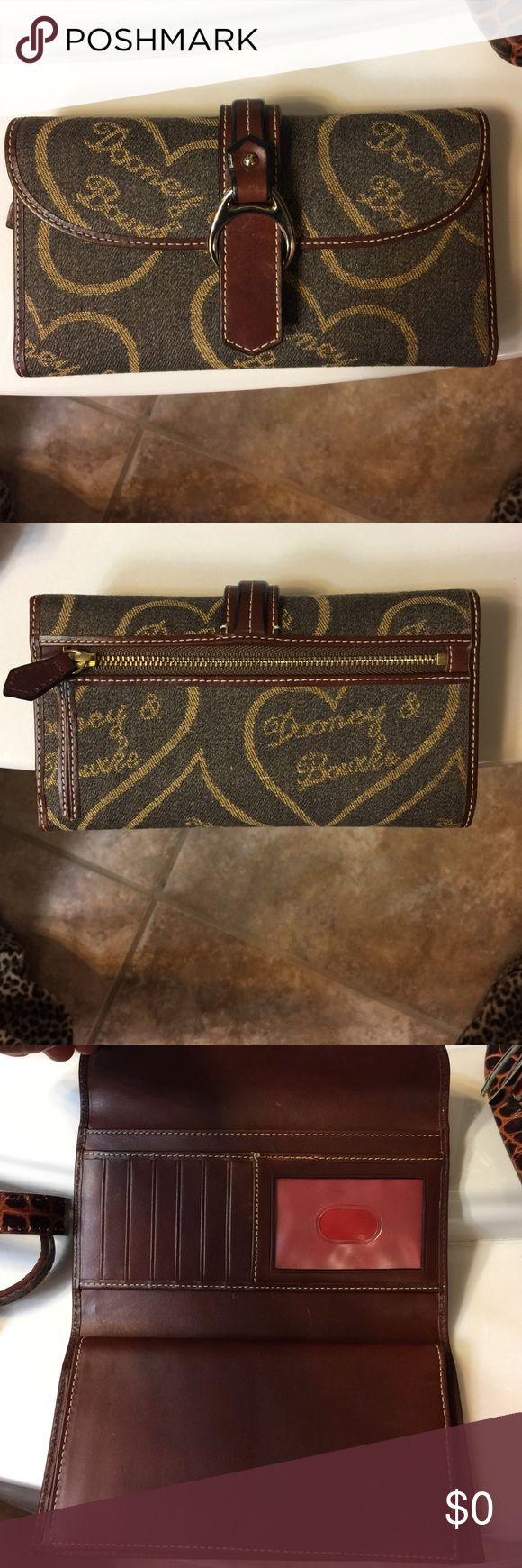 additional pictures of D &B wallet Additional pictures Dooney & Bourke Other