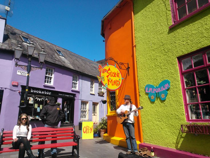 A guy called Paul entertaining passers-by at the Old Quay in Kinsale.