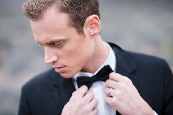Black Wedding Inspiration shoot: Photography - kimingphotography.com | http://www.fabmood.com/black-wedding-inspiration #blackwedding