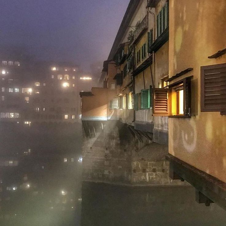Nebbia a Ponte Vecchio, Firenze