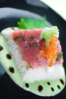 """Sushi Glossary  Beyond chirashi-sushi and dragon roll, types of sushi to discover at your next visit to the sushi bar. Highly detailed article from """"Nibble"""""""