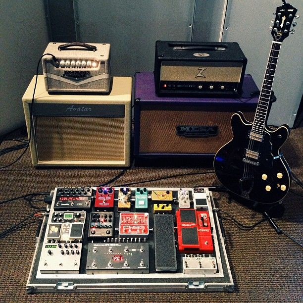 45 best images about guitars and pedal board ideas on pinterest studios timeline and gretsch. Black Bedroom Furniture Sets. Home Design Ideas