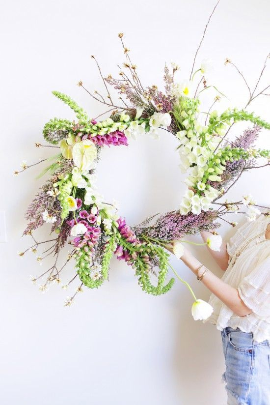 What a gorgeous floral wreath! Spring wreath by moon canyon