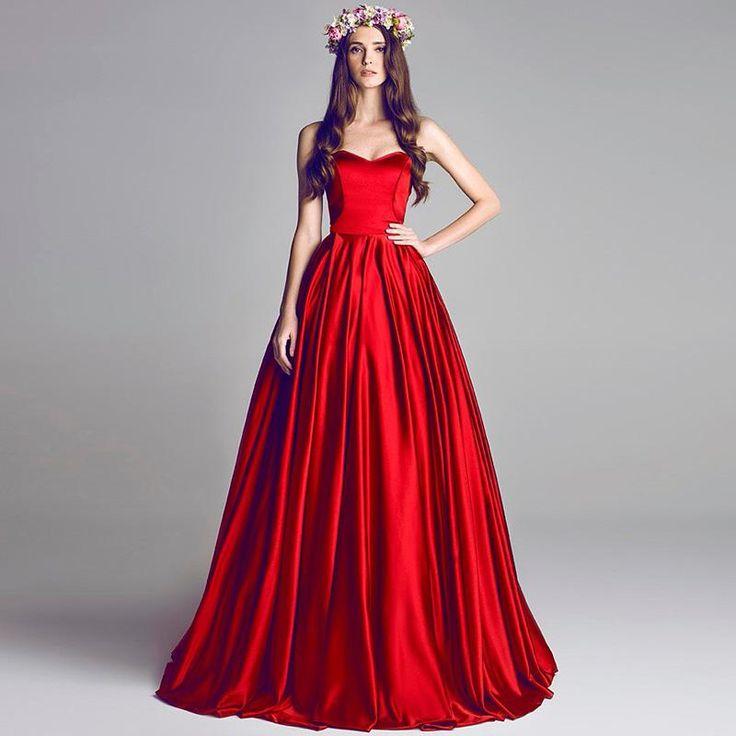 Red n black dresses banquet