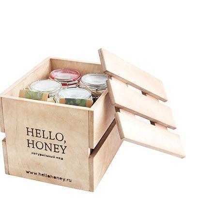 Деревянный ящик с алтайским медом