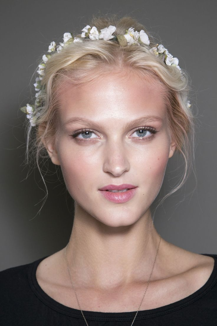 36 best images about Runway Model Updos on Pinterest ...