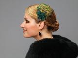 Billies goes jazzafine    Für Frauen mit Sinn für den Eigensinn:   Elegante Accessoires, einzigartige Haarreifen, origineller Haarschmuck, prachtvolle Broschen, extravagante Fascinators, besonderer Brautschmuck, zarte Blüten, opulente Seidenblumen, femininer Lederschmuck.