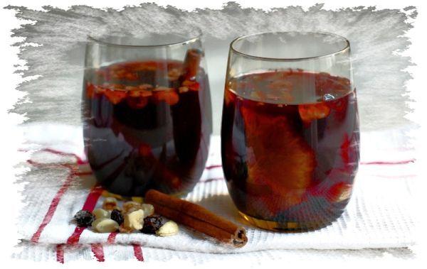 Vianočný punč - Recept pre každého kuchára, množstvo receptov pre pečenie a varenie. Recepty pre chutný život. Slovenské jedlá a medzinárodná kuchyňa