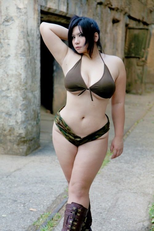 Naked asian plus sized model