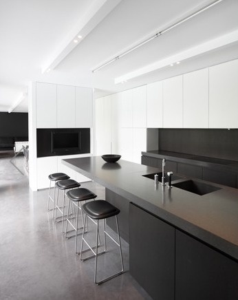 Very clean kitchen by Arjaan De Feyter.