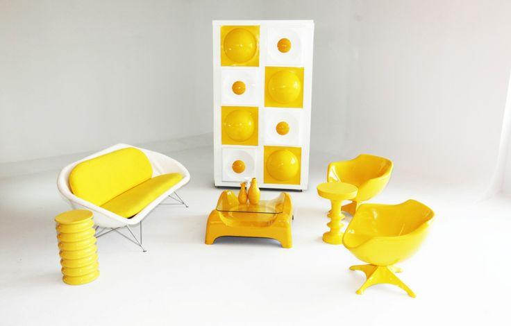 Yellow 4 seater Pod