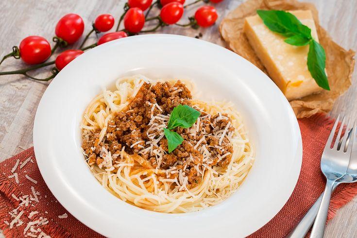 Spaghete bolognese- reteta video