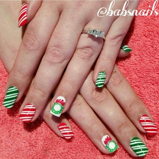 IG @babsnails Christmas Nails
