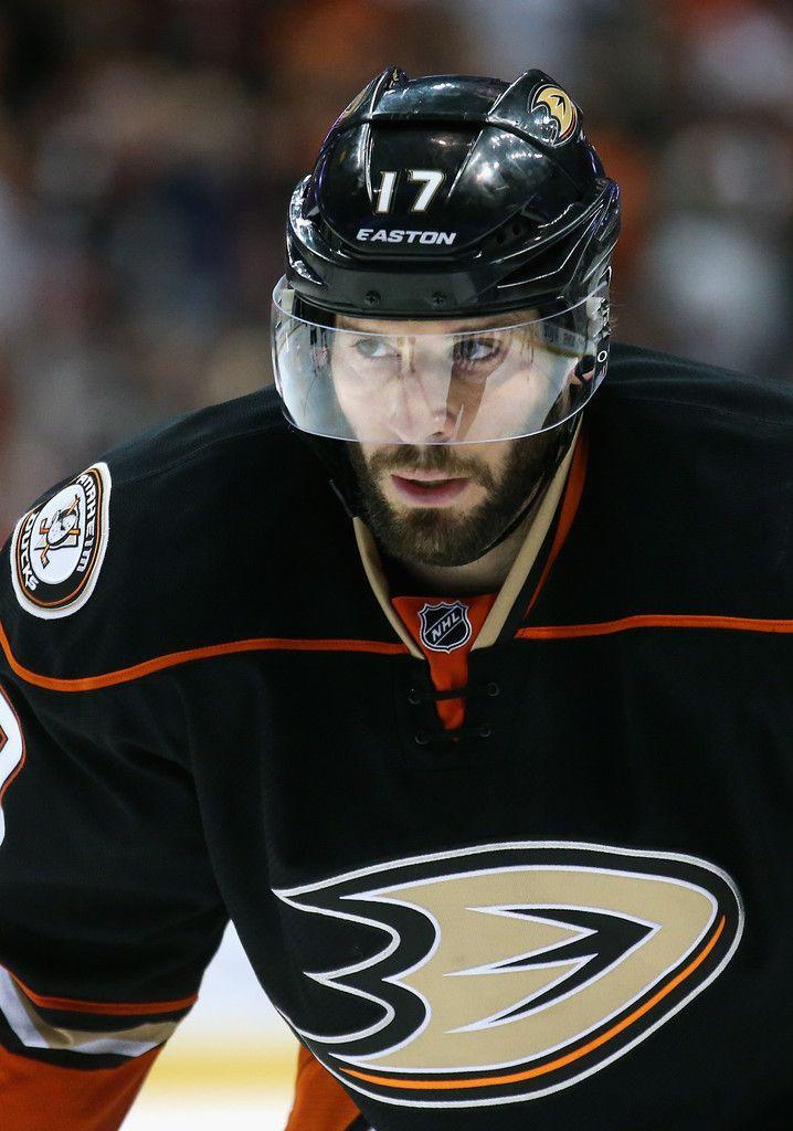 Ryan Kesler Photos: Chicago Blackhawks v Anaheim Ducks - Game Two