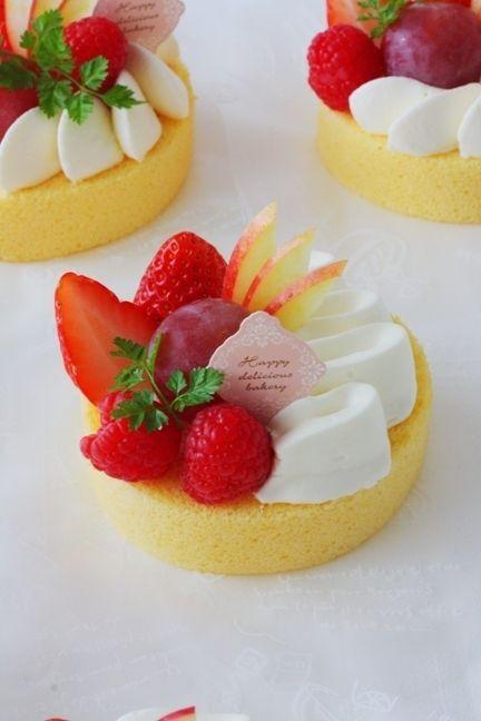 Strawberry Raspberry Cake