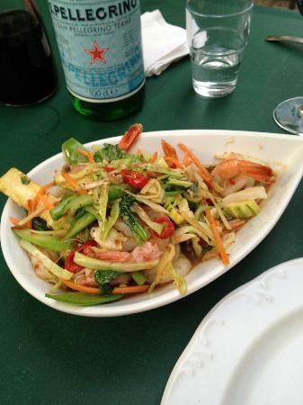 Very tasty Thai Restaurant, with a nice garden in summer, reservations necessary, Mülhauserstrasse 123