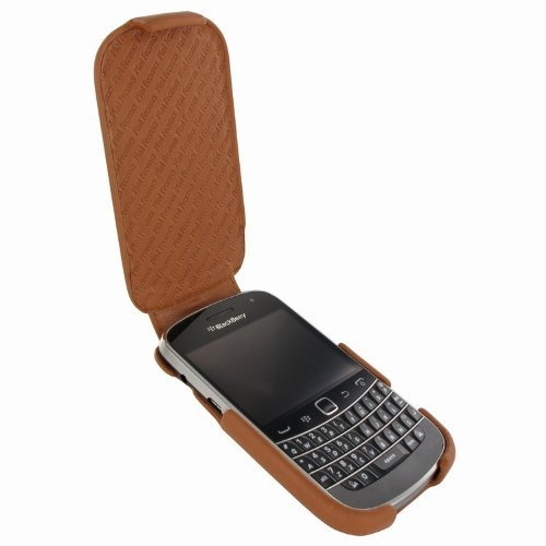 Piel Frama Blackberry Bold 9900/9930 iMagnum leather case with clip (Tan) by PielFrama. $87.00. #The Piel Frama iMAGNUM leather case has been handmade by experienced leather craftsmen in high quality cowskin. #Its inner thermoplastic polymer structure gives a high resistence and a perfect fitting. This case has passed strict quality controls during the whole manufacturing process. # Magnet closure system. (The magnets on the case may interfere in the compass f...