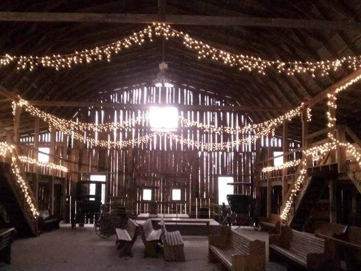 He Barn With The Lights On Lots To Work With Here