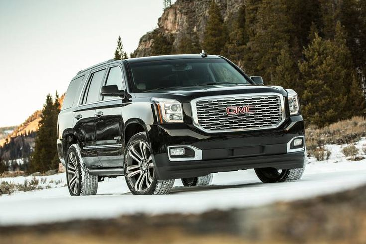 There Are Big Suvs There Are Giant Suvs And There Is The 2018 Gmc