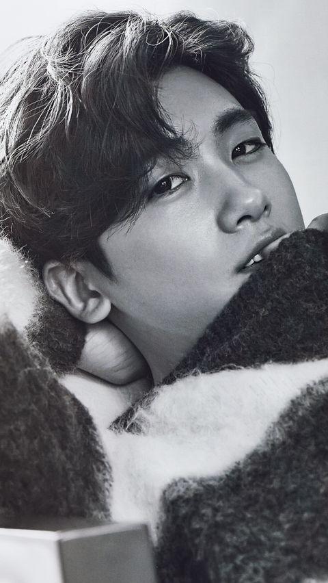 Park Hyung Sik So cute....