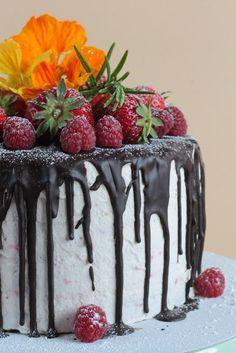Erdbeer-Schokoladencreme Torte - eine einzigartige Versuchung
