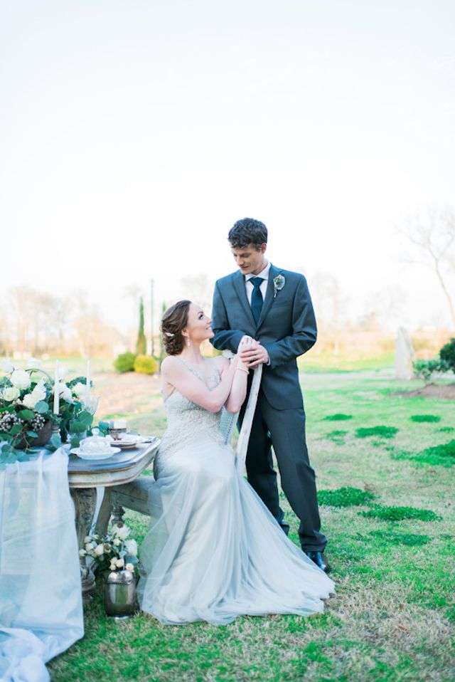 Dusty blue wedding inspiration | Elisheva Golani Photography and Belle Soul Weddings |  see more on: http://burnettsboards.com/2015/05/romantic-dusty-blue-wedding/
