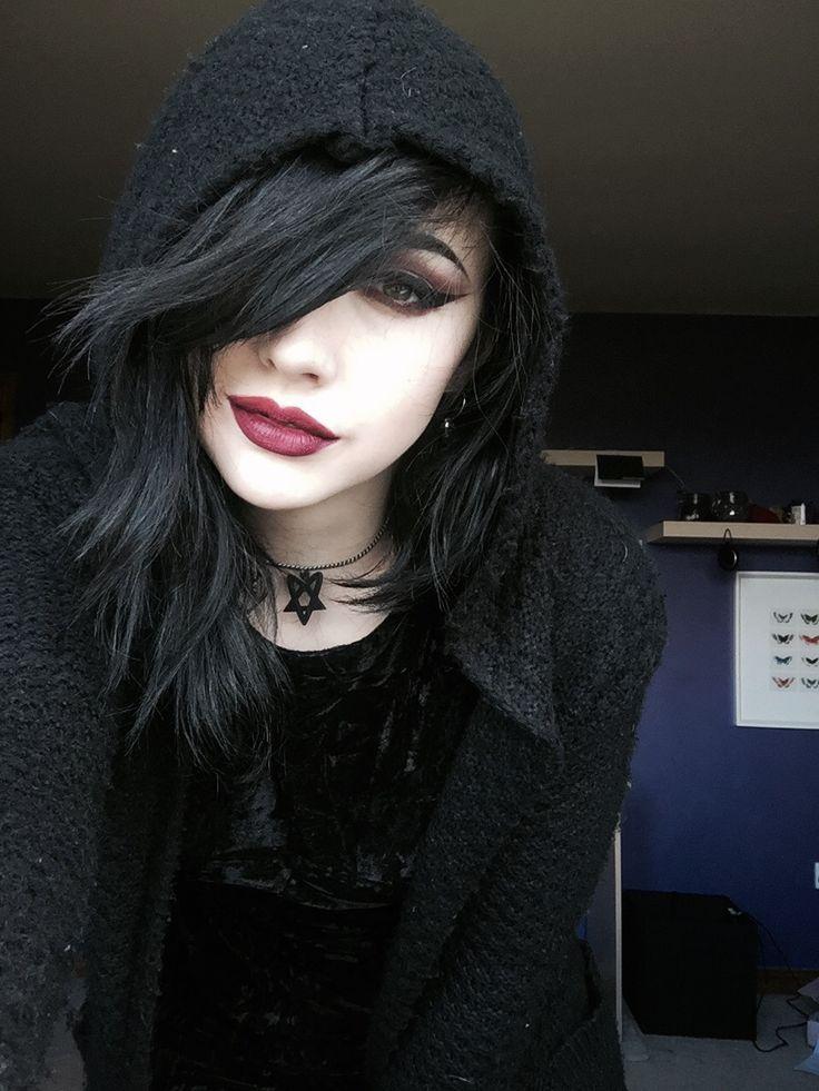 Gotische she is so gorgeous