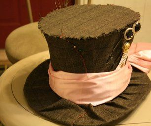 Alice in wonderland's Mad Hatter Costume (mostly The Hat)