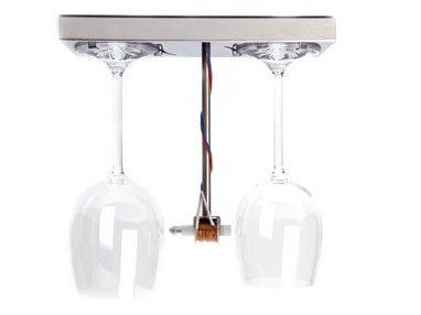 Droog Design | Een deurbel van kristallen wijnglazen. Verwelkom je gasten met de mooie klanken van wijnglazen.