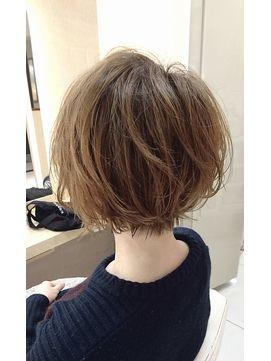 【Euphoria】ラフな軽さと動きのあるショートボブ☆ - 24時間いつでもWEB予約OK!ヘアスタイル10万点以上掲載!お気に入りの髪型、人気のヘアスタイルを探すならKirei Style[キレイスタイル]で。