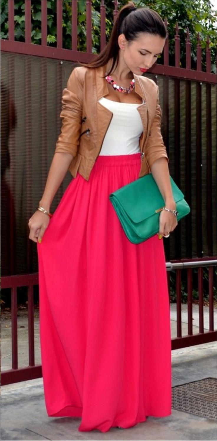 Combinação de cores para saia longa vermelha