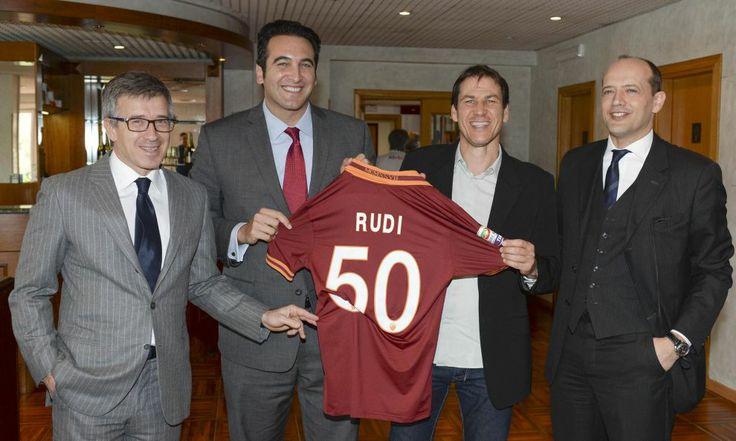 Rudi Garcia celebrating his 50th birthday. #AsRoma
