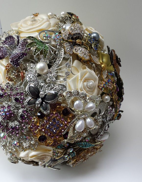 Brooch bouquet created by Moss and Mushroom for Louisa's wedding.