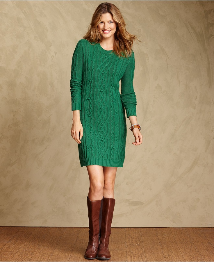 *you CAN do the bright green thing with brown boots. she's missing a chunky statement necklace, or hair up + earrings.