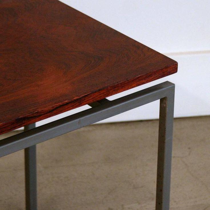 Modern vonalú asztal