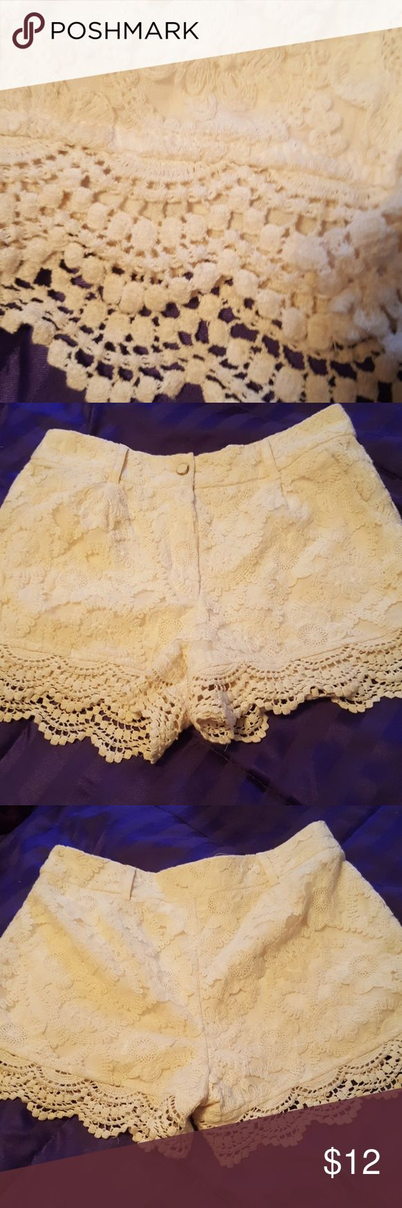 """Lace Pretty Ivy Cream Lace Shorts with front pockets. Belt loops.  Mid~rise. Length measure 13"""" Shorts"""
