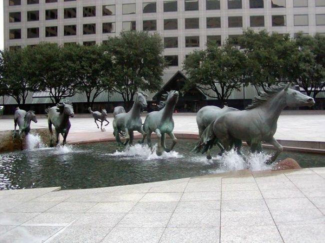 17современных скульптур, которые можно полюбить