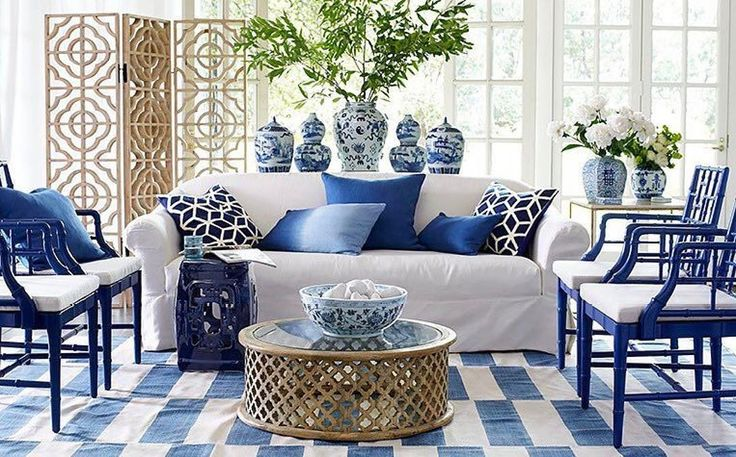 "1,089 Likes, 24 Comments - the chinoiserie collective (@thechinoiseriecollective) on Instagram: ""Bamboo & blue and white all make for a most perfect symmetrical space by @wisteriahomedecor …"""